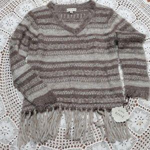 Knox Rose gray stripe fuzzy v-neck fringe sweater